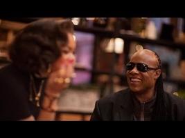 Stevie Wonder Christmas.Christmas Gem Stevie Wonder And Andra Day Sing Someday At